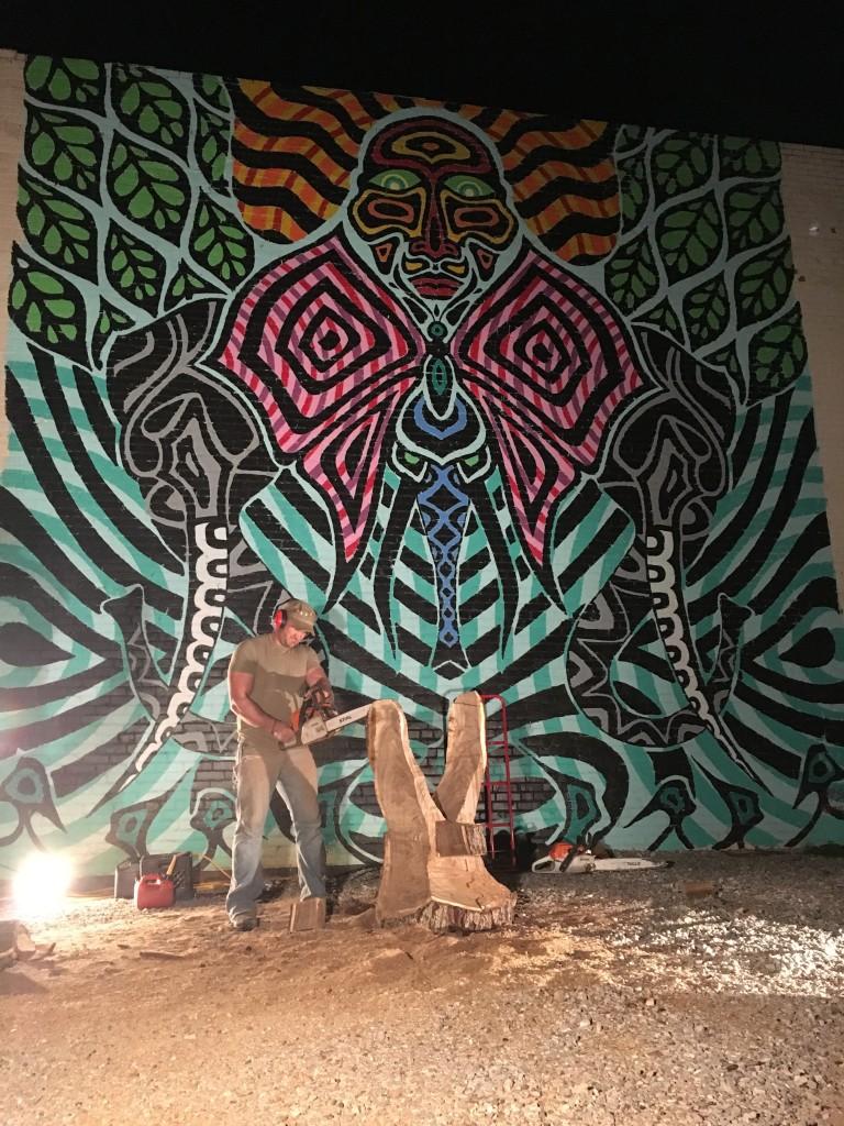 2015-12-11 Chainsaw Art at 2nd Friday Norman - photo by Dennis Spielman