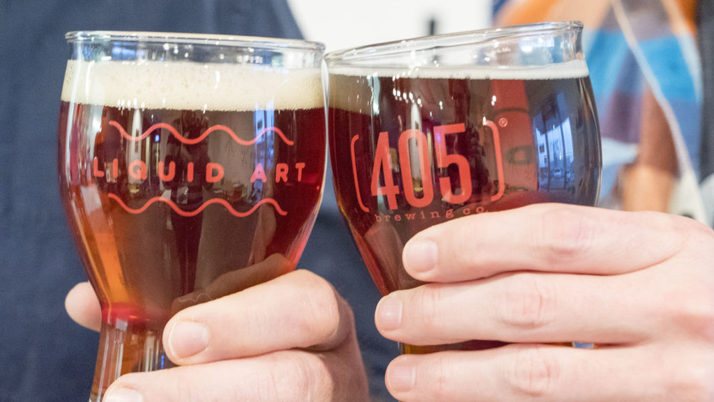Cheers at 405 Brewing - photo by Dennis Spielman